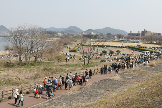 木曽川犬山緑地2