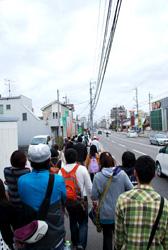 交通量の多い幹線道路沿いに、伊賀八幡宮へ。