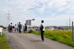 山伏橋まで歩いたら、再び一般道で洲原神社を目指します。