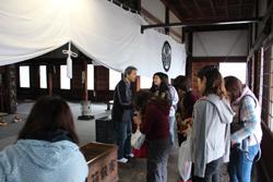 随念寺では、多くの方が参拝されていました。